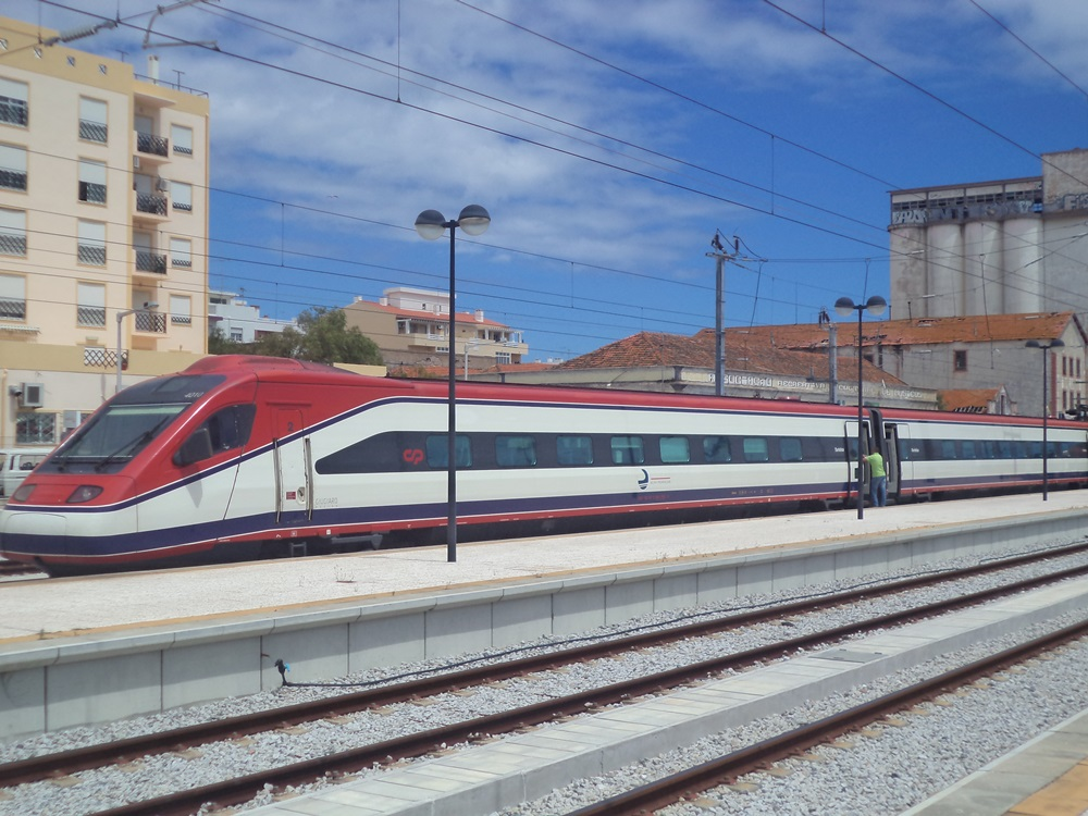 Alfa Pendular Train at Faro
